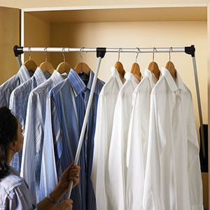 Adjustable width Pull Down Hanging Rail (For wardrobe 900mm to 1000mm)
