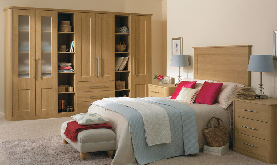 Bella Lissa Oak Cambridge fitted Bedroom