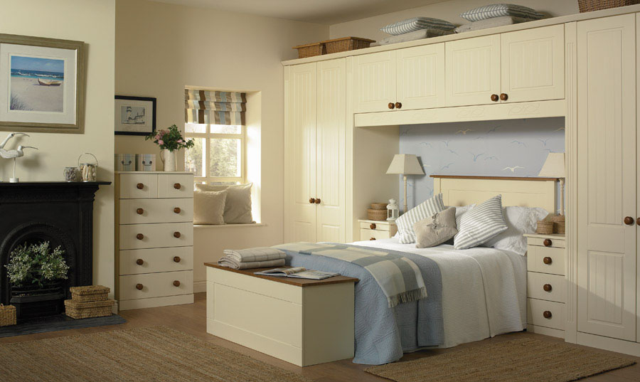 Bella Vanilla Newport fitted Bedroom