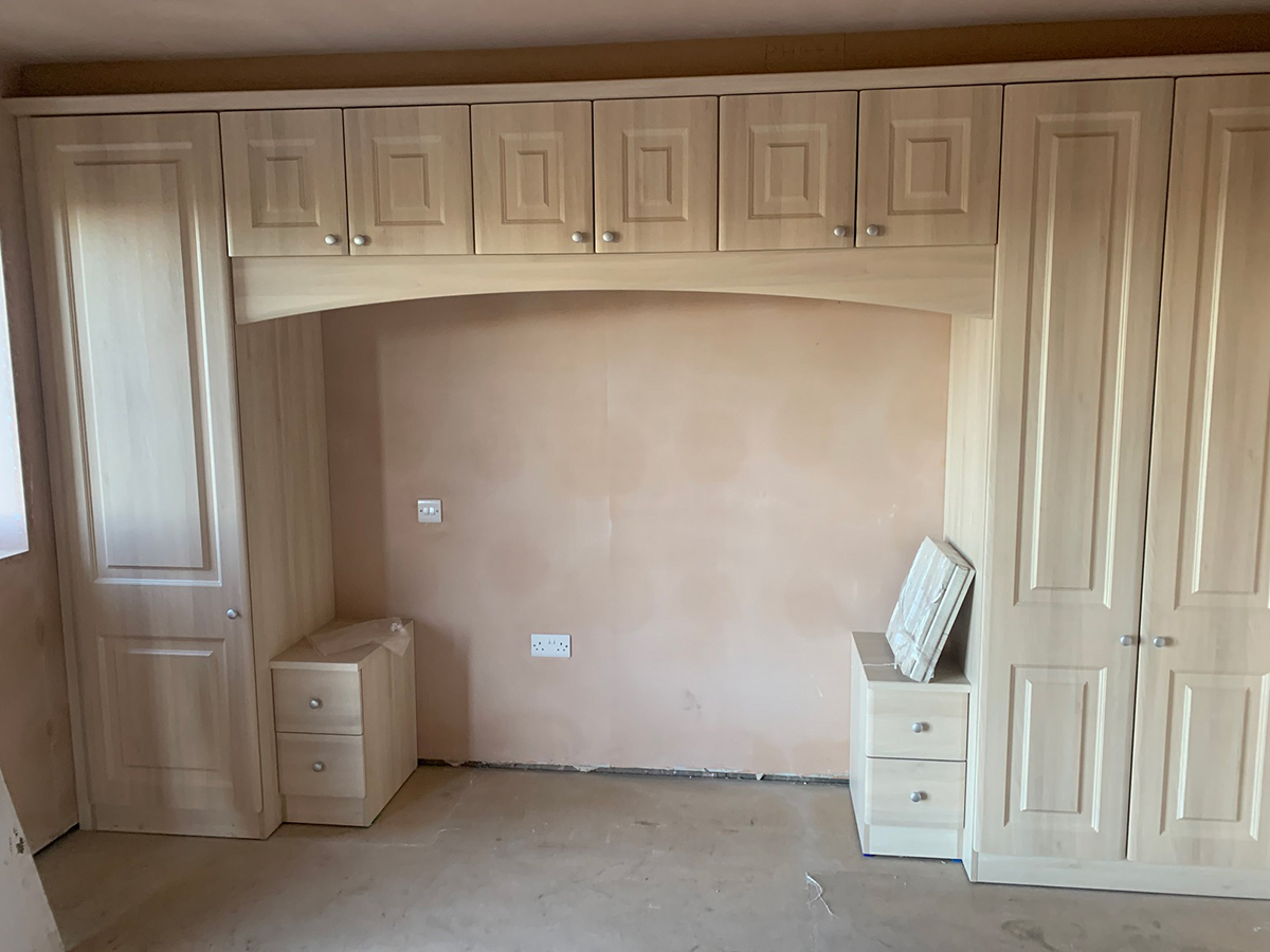 Fitted wardrobes, Bedside Cabinets and Bridging Units